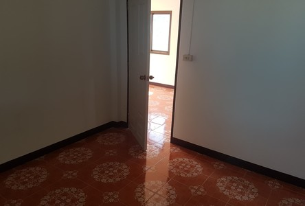 For Sale 2 Beds House in Phatthana Nikhom, Lopburi, Thailand