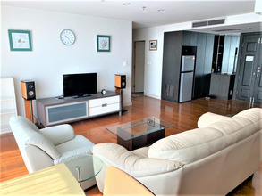 Located in the same area - Noble House Phayathai