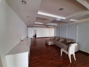 Located in the same building - President Park Harbour View