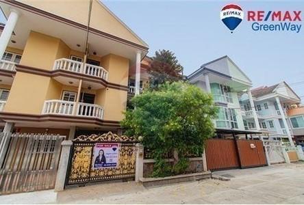 ขาย อพาร์ทเม้นท์ทั้งตึก 3 ห้อง บางกอกน้อย กรุงเทพฯ