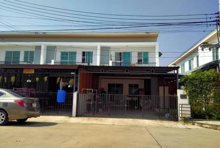 Продажа: Таунхаус с 3 спальнями в районе Mae Rim, Chiang Mai, Таиланд