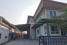 For Rent Retail Space 400 sqm in Khlong Luang, Pathum Thani, Thailand