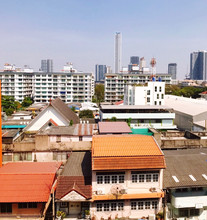 Located in the same area - The Excel Hideaway Sukhumvit 50