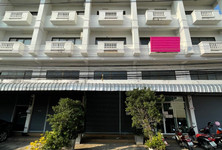For Rent Shophouse 168 sqm in Mueang Chiang Mai, Chiang Mai, Thailand