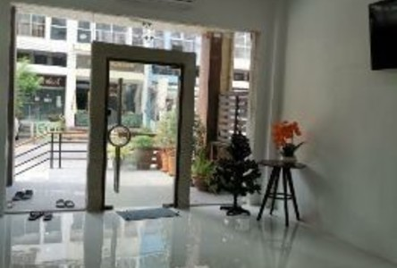 For Rent 1 Bed Shophouse in Khan Na Yao, Bangkok, Thailand