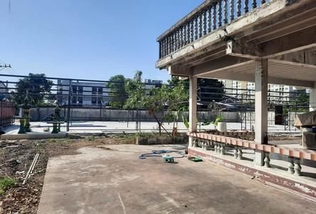 В аренду: Дом 237 кв.м. в районе Mueang Samut Prakan, Samut Prakan, Таиланд