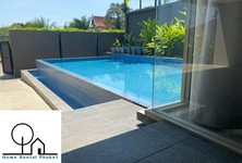 For Rent 4 Beds Townhouse in Mueang Phuket, Phuket, Thailand