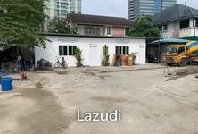 Продажа или аренда: Земельный участок 764 кв.м. в районе Wang Thonglang, Bangkok, Таиланд