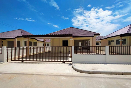 For Sale 3 Beds House in Mueang Songkhla, Songkhla, Thailand