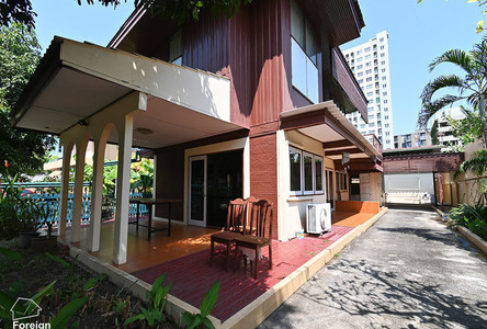 For Sale or Rent 2 Beds House in Phra Khanong, Bangkok, Thailand