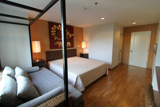 Located in the same area - Serene Place Sukhumvit 24