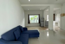 For Rent 2 Beds Townhouse in Mueang Pathum Thani, Pathum Thani, Thailand