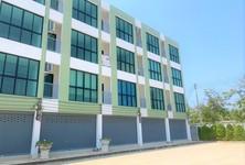 For Sale Townhouse 312 sqm in Bang Lamung, Chonburi, Thailand