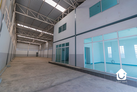 For Rent Warehouse 450 sqm in Khlong Luang, Pathum Thani, Thailand