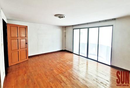 ขาย ทาวน์เฮ้าส์ 4 ห้องนอน ดินแดง กรุงเทพฯ