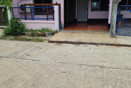For Sale or Rent 3 Beds Townhouse in Mueang Surin, Surin, Thailand