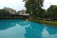For Rent 3 Beds 一戸建て in Bang Khae, Bangkok, Thailand