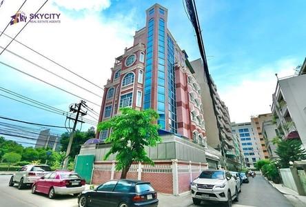 For Rent Retail Space in Sathon, Bangkok, Thailand