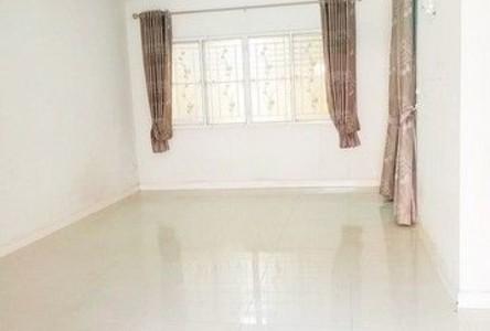 For Sale 3 Beds Townhouse in Bang Phli, Samut Prakan, Thailand