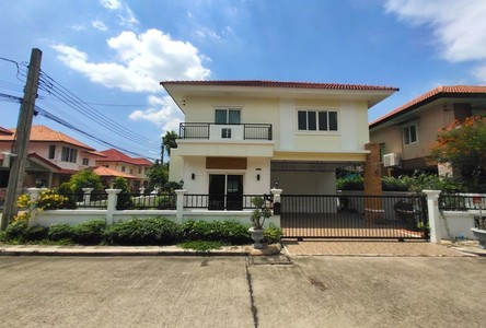 For Sale 4 Beds House in Bang Bua Thong, Nonthaburi, Thailand