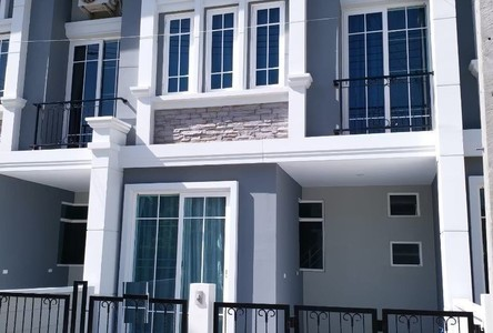 For Rent 3 Beds Townhouse in San Sai, Chiang Mai, Thailand