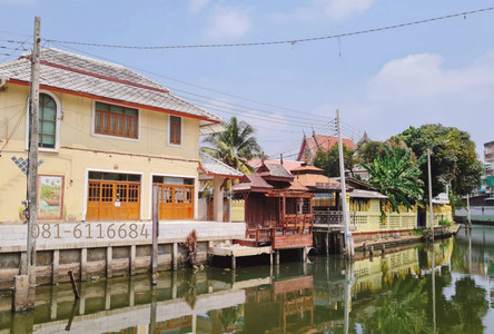 For Rent 3 Beds House in Taling Chan, Bangkok, Thailand