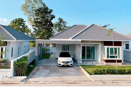 For Sale 3 Beds House in Nong Hin, Loei, Thailand