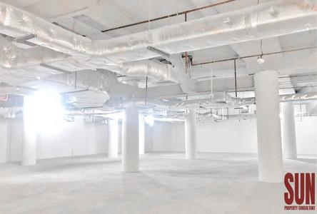 For Rent Office 604 sqm in Watthana, Bangkok, Thailand