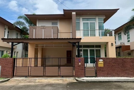 For Rent 3 Beds House in Si Racha, Chonburi, Thailand