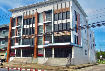 For Sale 3 Beds Office in Mueang Nakhon Si Thammarat, Nakhon Si Thammarat, Thailand