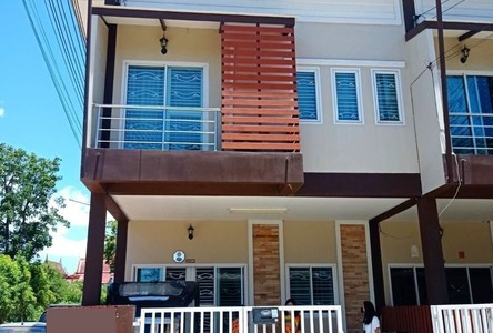For Sale 3 Beds Townhouse in Si Racha, Chonburi, Thailand