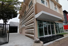 For Rent Warehouse 1,200 sqm in Prawet, Bangkok, Thailand