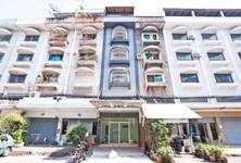 For Sale 6 Beds Townhouse in Wang Thonglang, Bangkok, Thailand