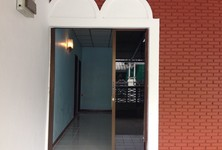 ขาย หรือ เช่า บ้านเดี่ยว 4 ห้องนอน บางกะปิ กรุงเทพฯ