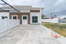 For Sale 2 Beds Townhouse in Ban Chang, Rayong, Thailand