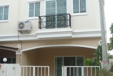 For Sale or Rent 3 Beds Townhouse in Ban Pho, Chachoengsao, Thailand