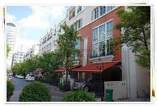 For Rent 4 Beds Townhouse in Ratchathewi, Bangkok, Thailand