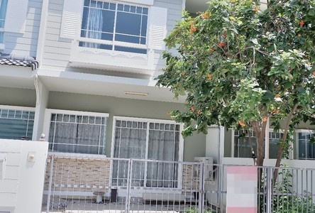 For Sale 2 Beds Townhouse in Bang Bo, Samut Prakan, Thailand