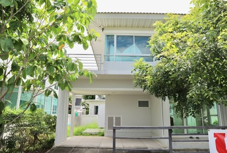 For Sale 3 Beds House in Mueang Nonthaburi, Nonthaburi, Thailand