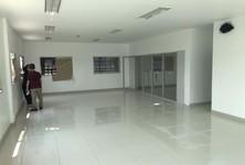 For Rent Retail Space 1,190 sqm in Mueang Samut Prakan, Samut Prakan, Thailand