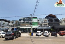 For Sale Retail Space 240 sqm in Mueang Chon Buri, Chonburi, Thailand