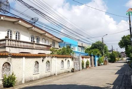 Продажа: Дом с 3 спальнями в районе Lat Phrao, Bangkok, Таиланд