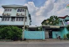 Продажа: Дом с 6 спальнями в районе Mueang Nonthaburi, Nonthaburi, Таиланд