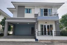 Продажа: Дом с 4 спальнями в районе Bang Yai, Nonthaburi, Таиланд