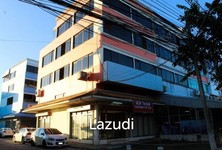 For Sale 4 Beds Townhouse in Mueang Chiang Rai, Chiang Rai, Thailand