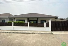 For Sale or Rent 4 Beds 一戸建て in Saraphi, Chiang Mai, Thailand