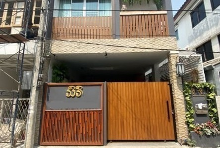 For Rent 4 Beds Townhouse in Mueang Chiang Mai, Chiang Mai, Thailand