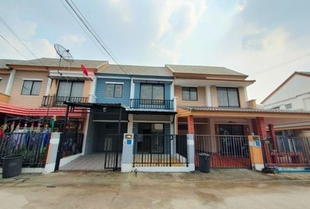 For Sale 3 Beds タウンハウス in Khlong Luang, Pathum Thani, Thailand