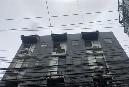 В аренду: Таунхаус с 5 спальнями в районе Khlong Toei, Bangkok, Таиланд