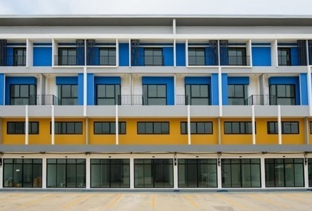 For Sale Retail Space 204 sqm in Wang Noi, Phra Nakhon Si Ayutthaya, Thailand